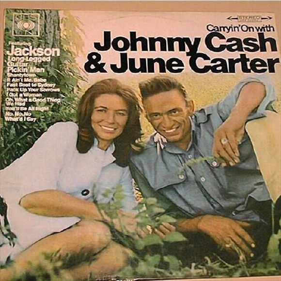 Johny Cash & June Carter - Caryin' On with
